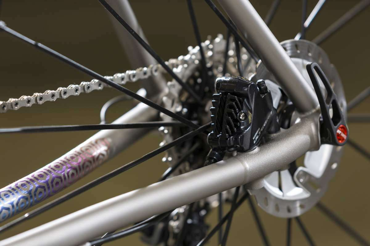 Routt YBB Suspension Titanium Gravel Bike