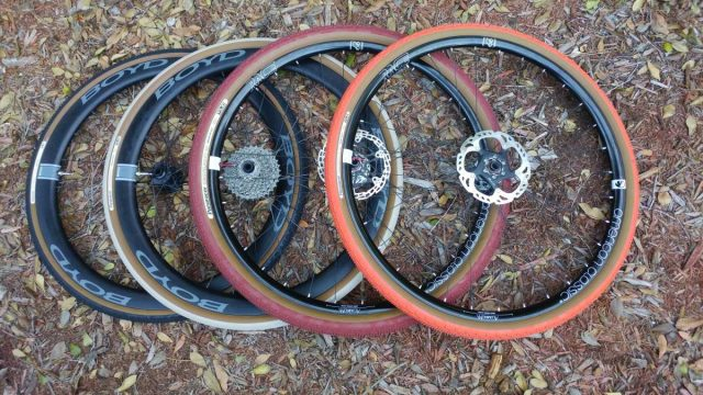 panaracer gravel king colored tires