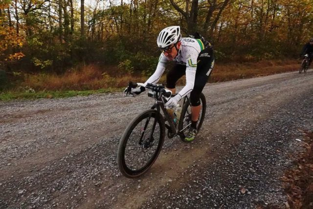 how to descend on a gravel bike