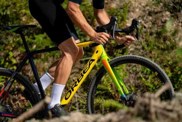 2020 orbea terra gravel bike